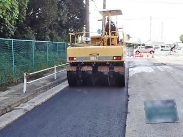 道路の舗装改修工事
